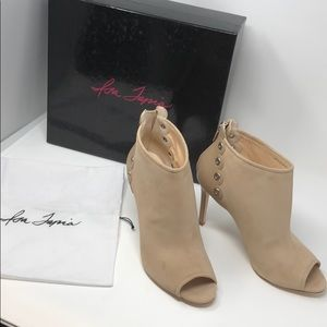 Isa  Tapia genuine suede 100% Authentic NWT